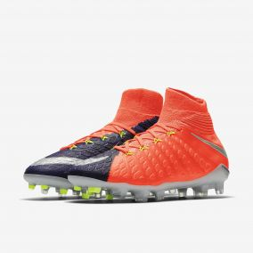 Детские бутсы NIKE HYPERVENOM PHANTOM 3 DF FG 882087-409 JR